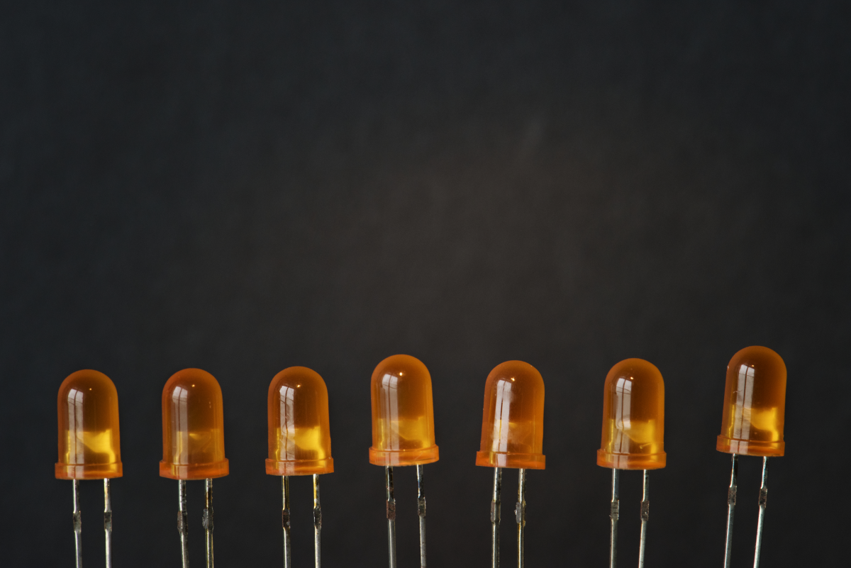 LED Displays DIP Diodes 1200